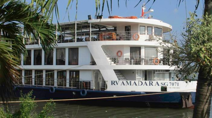 Mekong River cruise with Custom Touring